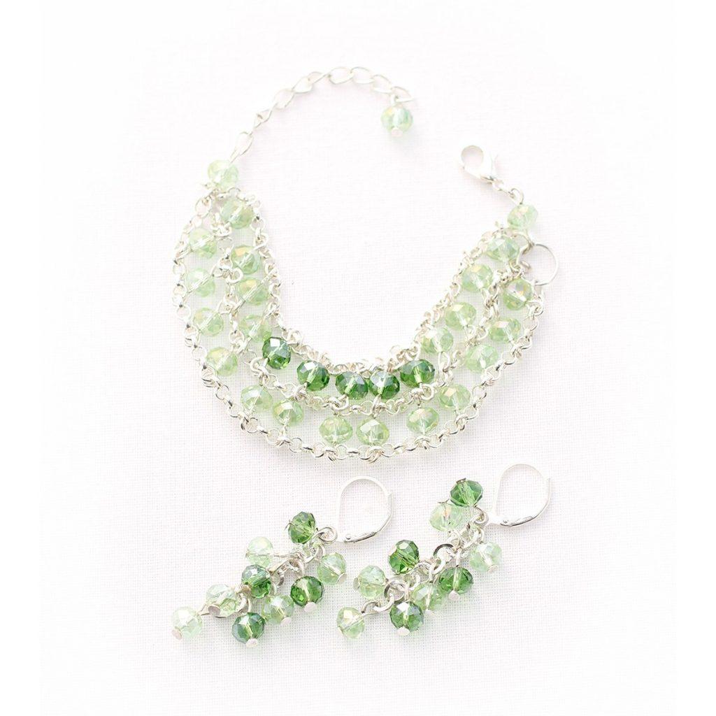 Set cu bijuterii handmade