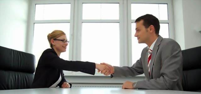 Transformati angajatorul in client
